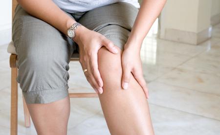 Electrostimulation et mal aux genoux